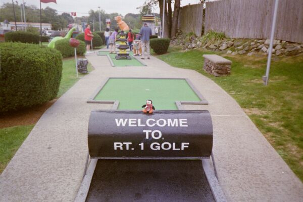Putt likes the welcome obstacle