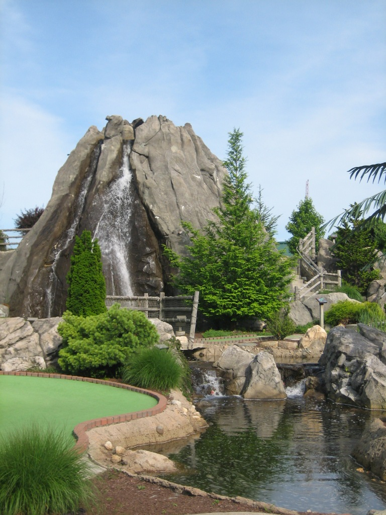 Mulligan S Island Miniature Golf