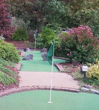 Dulles Mini Golf